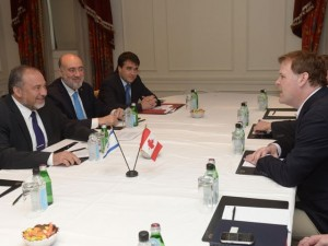 Israeli Foreign Minister Avigdor Liberman meets with Canadian FM John Baird. Photo: Foreign Ministry