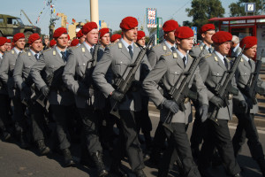 Bendeswehr signalers in service uniforms. Photo: Wikipedia.