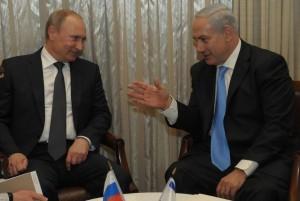 Russian President Vladimir Putin with Israeli PM Benjamin Netanyahu, in Israel. Photo: Facebook.