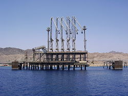 An oil jetty in Eilat, Israel. Jordan is suspending talks with Israel over $15-billion natural gas deal. Photo: Wikimedia Commons.