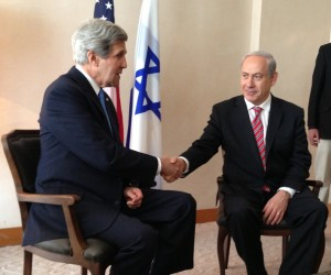 Israeli Prime Minister Benjamin Netanyahu (right) with US Secretary of State John Kerry in Jerusalem. Photo: Wikimedia Commons.