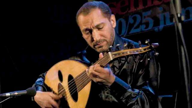 Iraqi musician Nasser Shaama. Photo: Ecemaml via Wikimedia Commons.